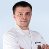Врач Вотяков Олег Николаевич