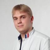 Врач Селезнев Денис Евгеньевич
